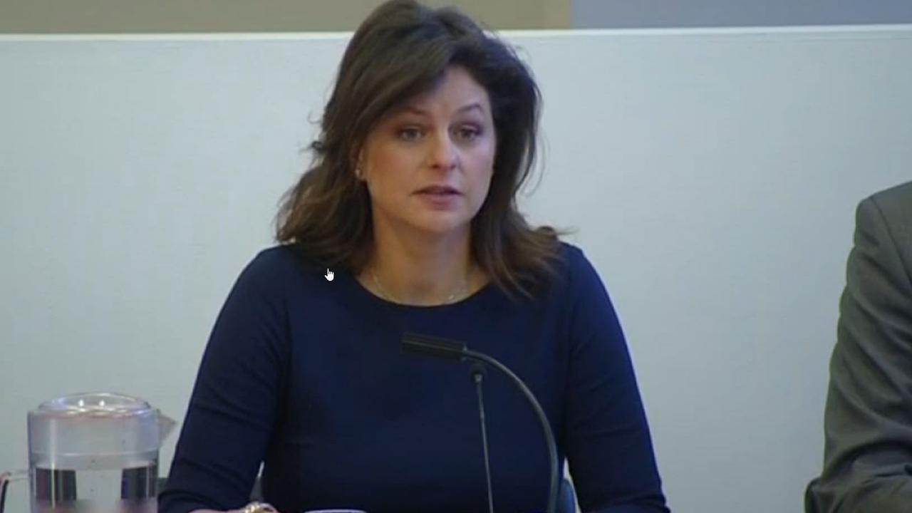 Voorzitter enquêtecommissie Amsterdam vat rapport samen