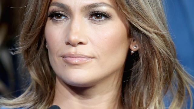 Jennifer Lopez neemt lied op voor slachtoffers schietpartij Orlando