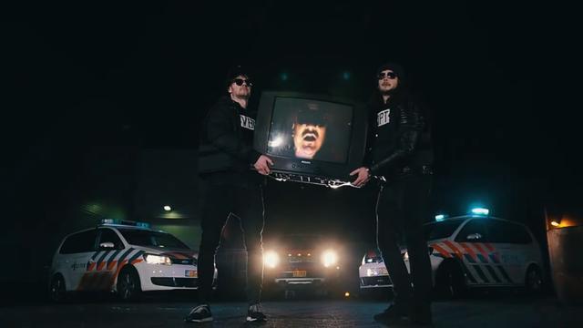 Politie Roermond waarschuwt in carnavalsnummer voor inbraken