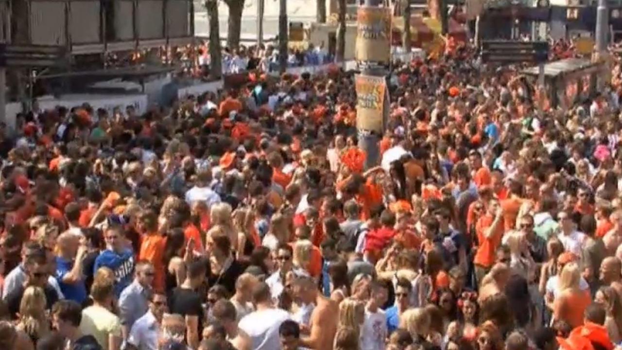 Amsterdammers meten geluidsoverlast Koningsdag