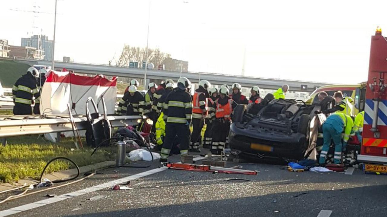 Dode en slachtoffers door ongeluk A2