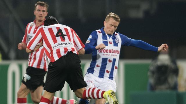 Uitgefloten Larsson legt kritiek Heerenveen-publiek naast zich neer