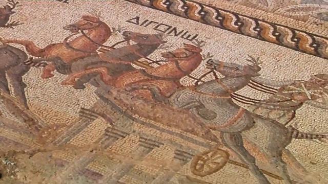 Tweeduizend jaar oud mozaïek blootgelegd in Cyprus