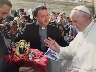 Bergse pastor aanwezig bij bijzondere zegening