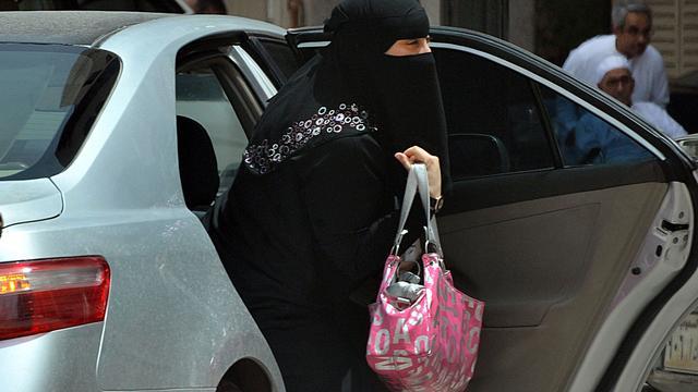 Saudische prins vindt dat vrouwen ook hun rijbewijs mogen gaan halen