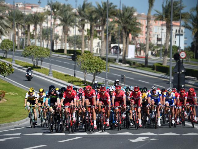 Rennersvakbond pleit bij wielerunie UCI voor strengere veiligheidsregels