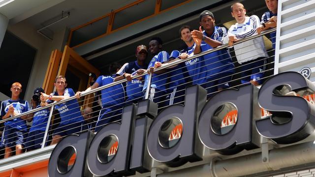 Adidas boekt hogere winst door einde Chelsea-contract