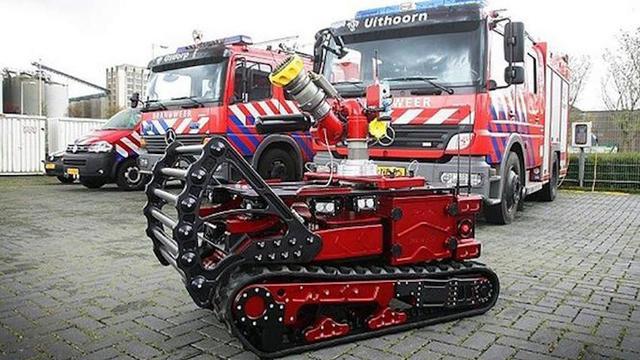 Amsterdamse brandweer test robot