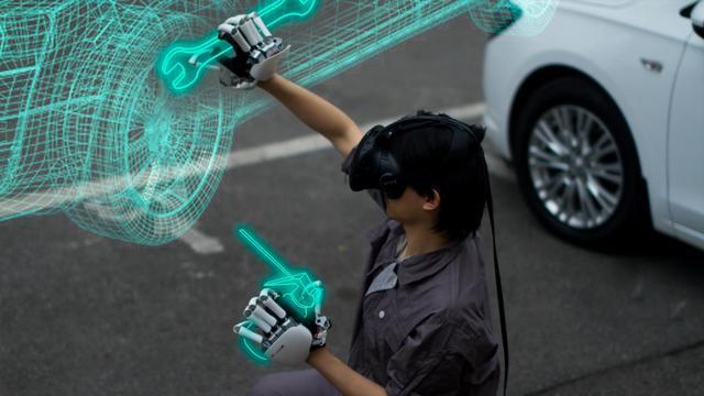 Robothandschoen laat mensen virtuele voorwerpen voelen