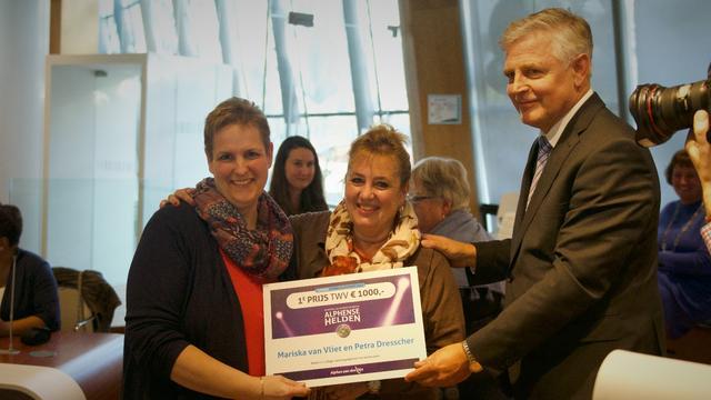 Ik-kook-ook-voor-jou wint Alphense Vrijwilligersprijs