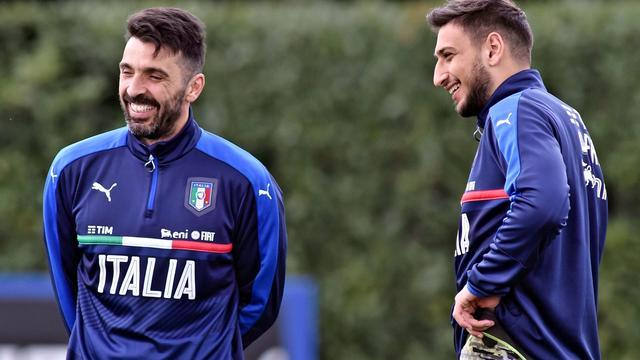 Italië met 18-jarige Donnarumma onder de lat tegen Oranje