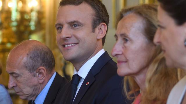 Macron en Merkel slaan handen ineen voor sterker Europa