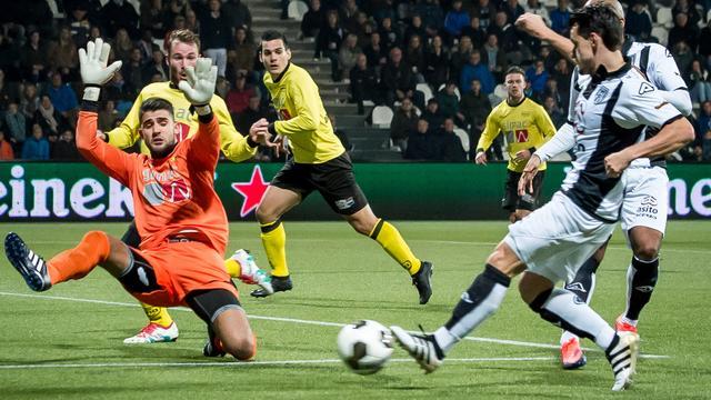 Samenvatting Heracles Almelo-UNA (5-0)