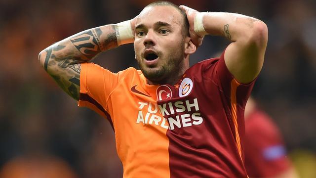 Galatasaray vindt dat Sneijder niet mag klagen over hoge boete