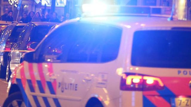 Motor botst op kerende auto op Haarlemmerweg