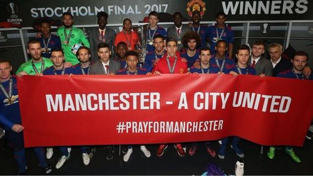 United draagt Europa League op aan slachtoffers aanslag Manchester
