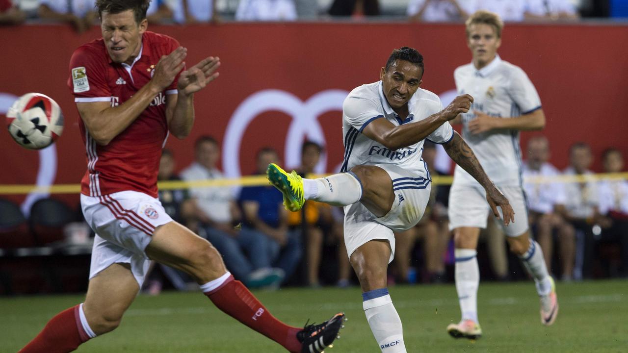 Danilo scoort op fraaie wijze voor Real Madrid tegen Bayern München