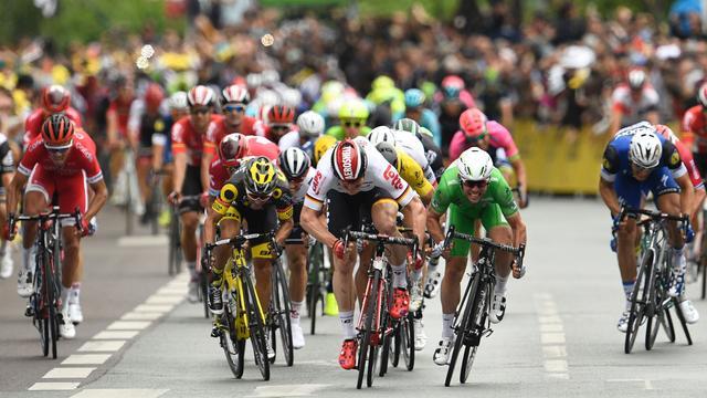 'Finales sprintetappes lijken nog wel hectischer dan in vorige Tours'