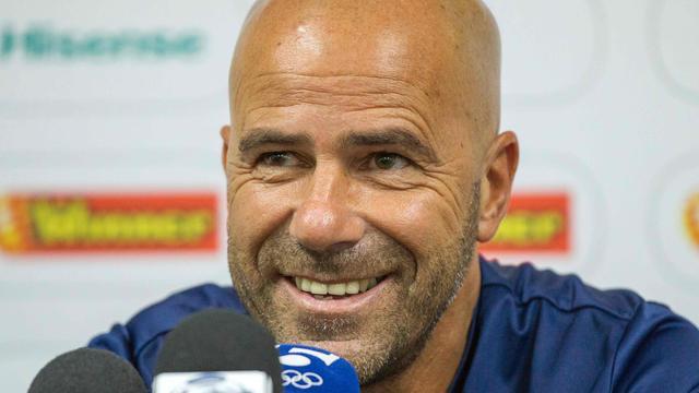 Ajax stelt Peter Bosz aan als opvolger trainer De Boer