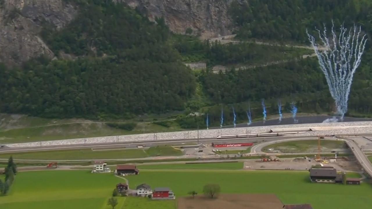 Gotthardspoortunnel in Zwitserland officieel geopend