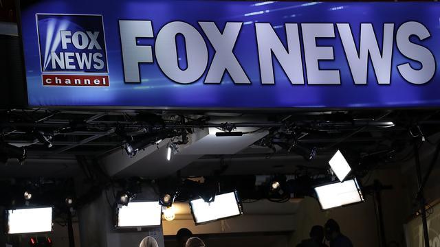 Fox News-topman stapt op om seksuele intimidatie-zaak