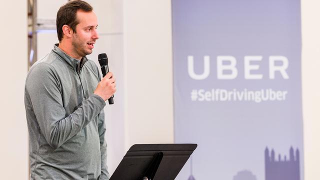 Hoofd zelfrijdende auto's Uber doet stap terug tijdens rechtszaak