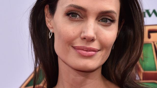 'Angelina Jolie overweegt baan bij Britse overheid'