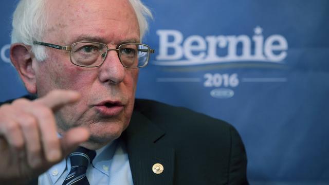 Campagneteam Bernie Sanders klaagt Democratische Partij aan