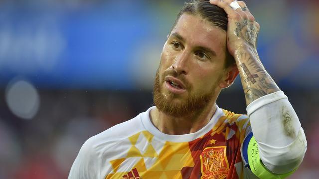 Ramos en Del Bosque willen niet te lang stilstaan bij misstap Spanje