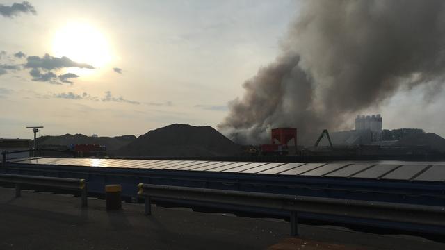 Grote brand bij recyclingbedrijf Meppel
