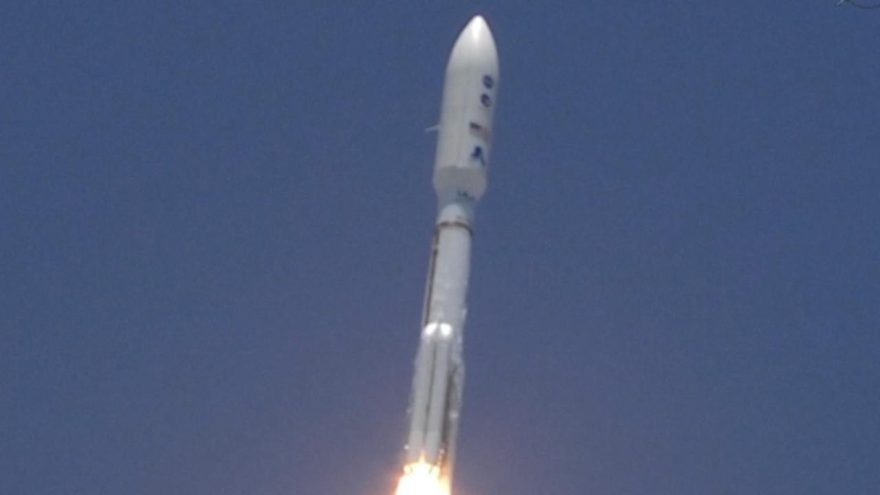 NASA-ruimtesonde Juno na bijna vijf jaar aangekomen bij Jupiter