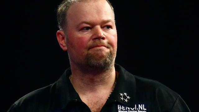 Van Barneveld en Noppert ronde verder bij Grand Slam of Darts