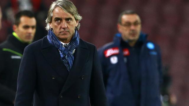 Mancini woedend op 'homofobe' Napoli-coach Sarri