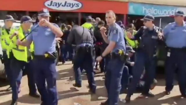 Protest bij Australische rechtbank loopt uit de hand