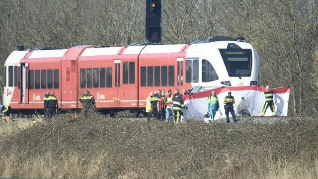 Live: Persconferentie over dodelijk treinongeluk in Harlingen