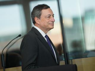 Om dat te bereiken moet volgens Draghi wel worden vastgehouden aan bijzonder ruime monetair beleid
