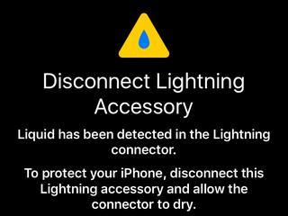 iPhone voorkomt waterschade met waarschuwing