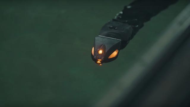 Zwemmende robotslang helpt bij onderzeese reparaties