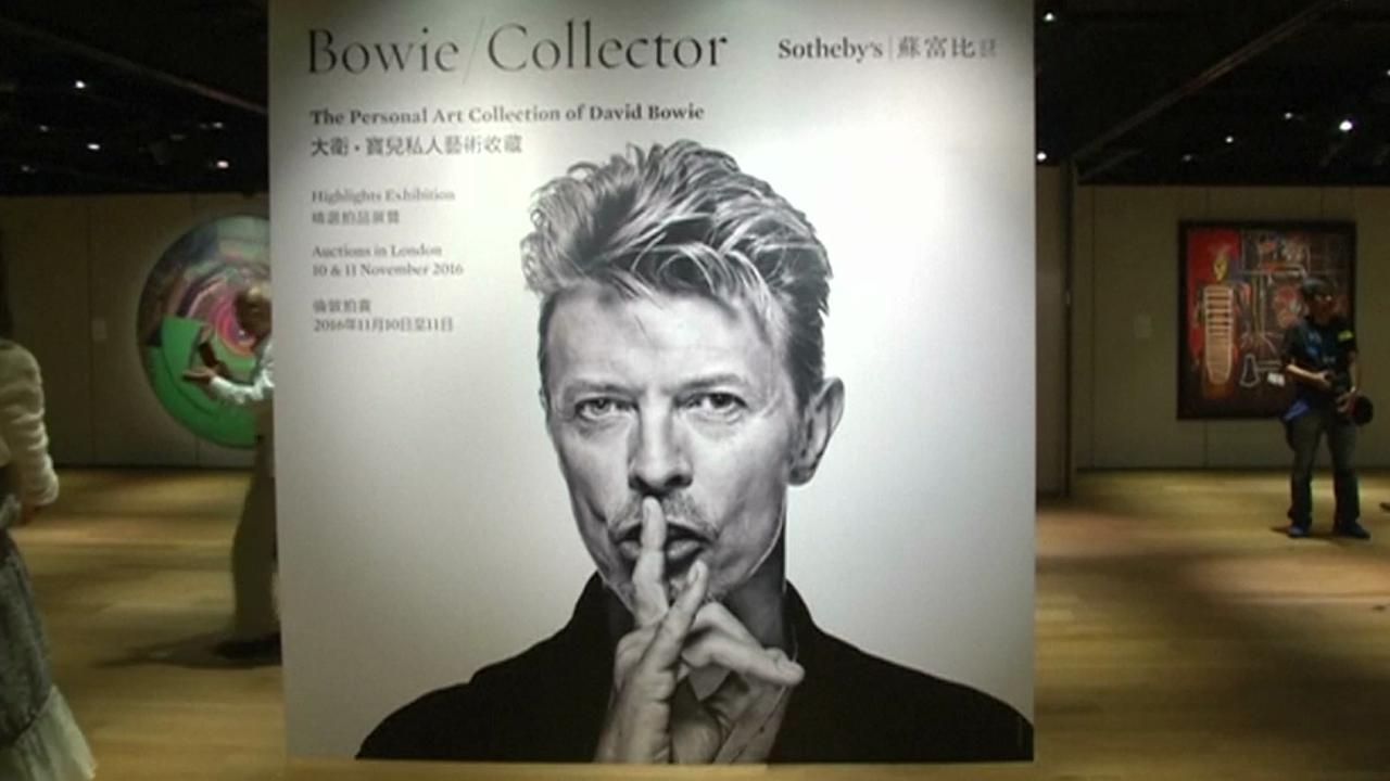 Meubel- en kunstverzameling David Bowie wordt geveild in Londen