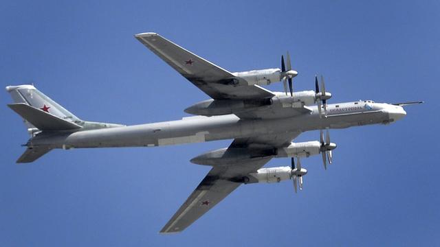 Rusland voert luchtaanvallen op IS-doelen bij Raqqa uit