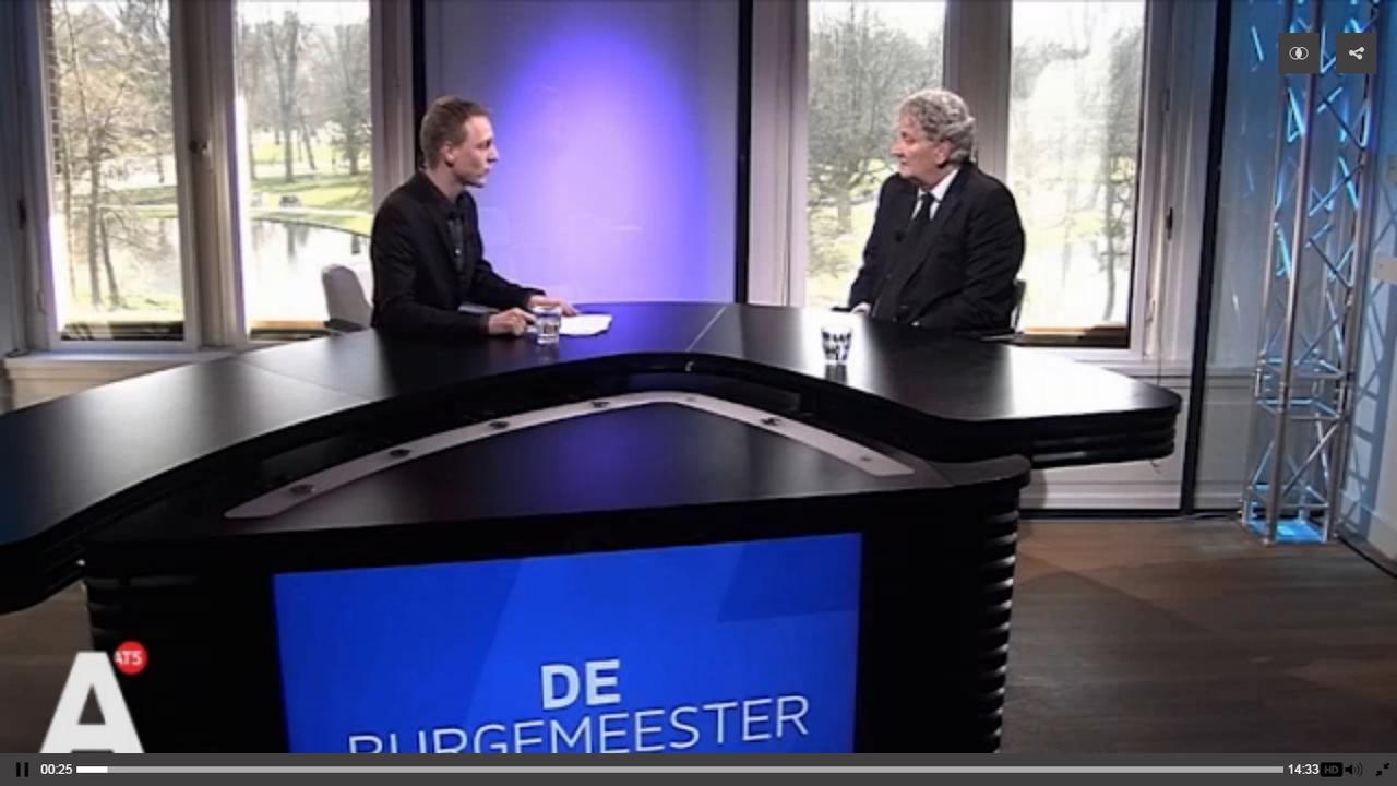 Van der Laan: Geregeld meldingen van mogelijk terrorisme