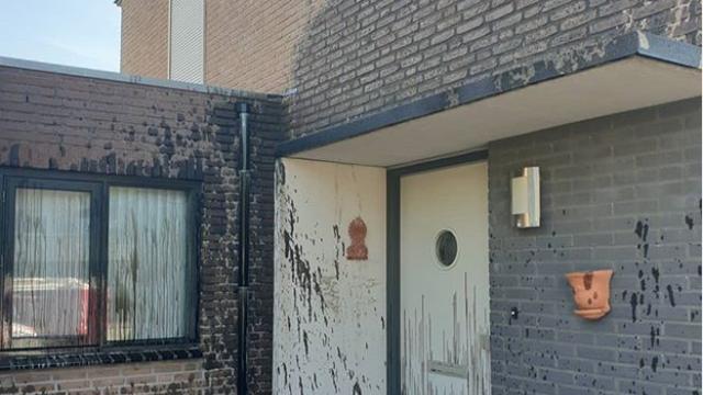 Politie onderzoekt met olie besmeurde woning in Drunen