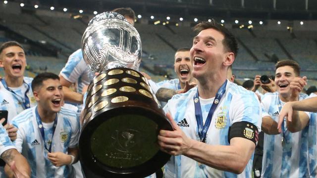 Lionel Messi pakte op de Copa América zijn eerste hoofdprijs met Argentinië.