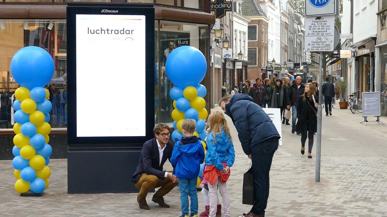 Luchtradar Utrecht feestelijk onthuld