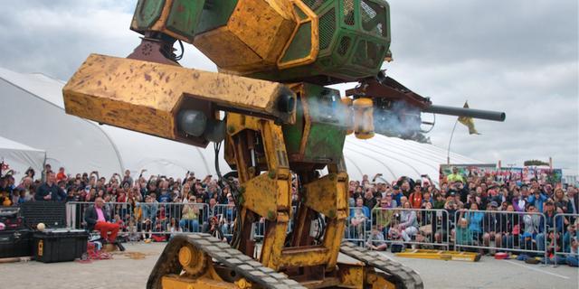 'Robotvechtsportcompetitie' haalt miljoenen binnen