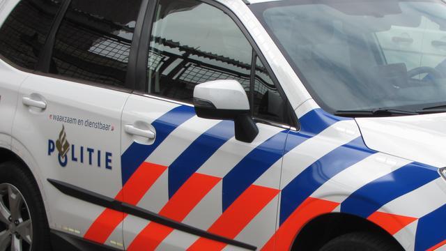 Dode man gevonden in auto aan Hermesweg