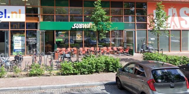 Subway aan Europaplein overvallen, politie zoekt dader
