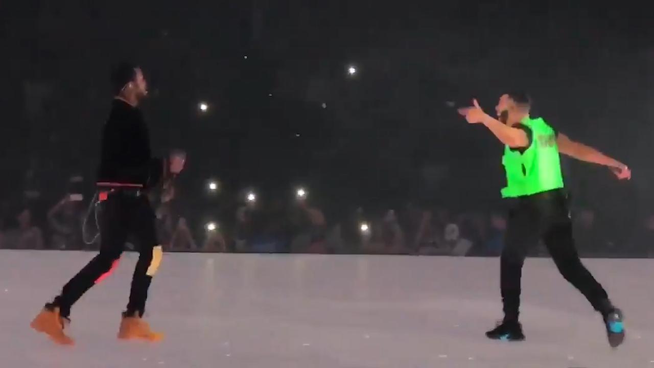 Drake en Meek Mill spelen Dreams and Nightmares in Boston
