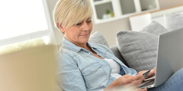 Helft van online aankopen wordt via marktplaatsen gedaan