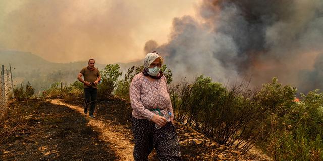 Doden en gewonden door hevige natuurbranden in zuiden van Turkije